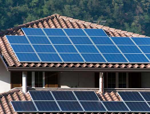 Tetőre szerelmt napelem